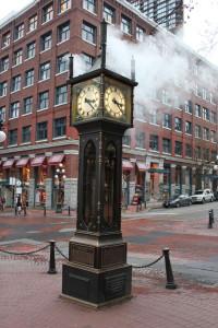 Паровые часы Газтаун
